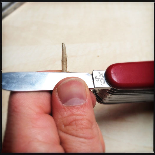 How to cut a quill