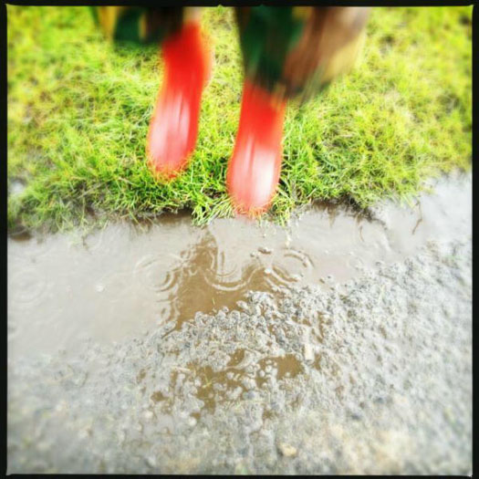 How to jump into puddles and not get wet